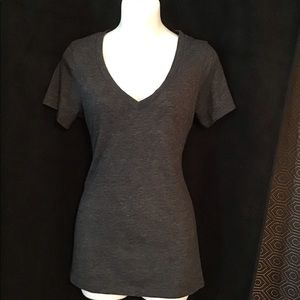 Old Navy Grey Size Small Tee